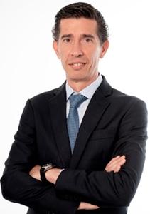 Dr. José María Martínez de la Casa, Director médico